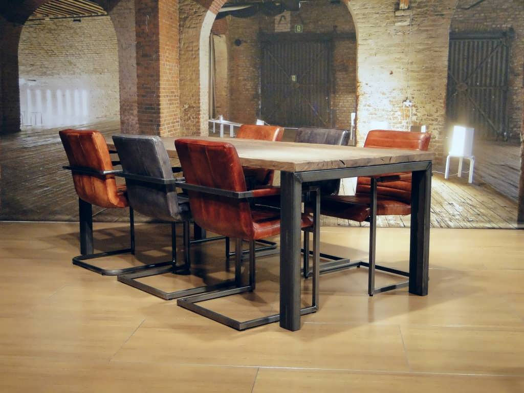 Gerookt Eiken Meubels : Industriele tafel barolo extra rustiek dubbel gerookt oud